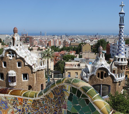 gaudi private walkig tour life and legacy barcelona - dreamingbarcelona