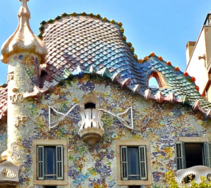 Barcelona Highlights Tour private luxury minivan 4 hours Dreamingbarcelona - Casa Battló