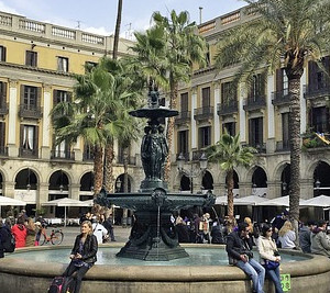 Plaza Reial barcelona gatsronomy private walking tour dreamingbarcelona